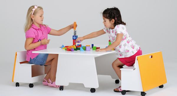 Muebles para niños: Turnitable - Sonambulistas