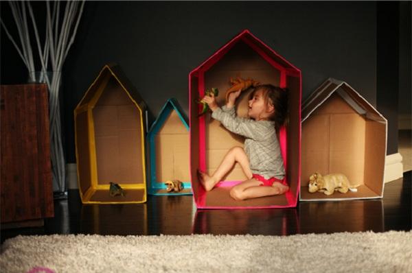 casitas hechas de cartón