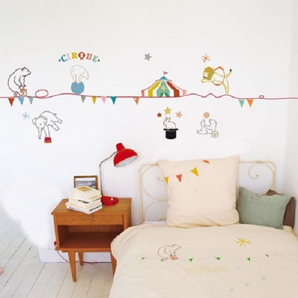 Paredes decoradas archivos sonambulistas for Vinilos muebles infantiles