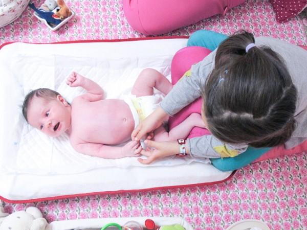 baby be, masaje bebé, bebestilo, calmar cólicos (5)