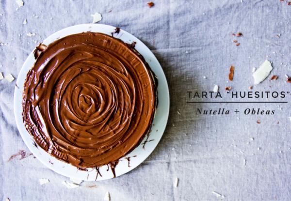 Receta de tarta de chocolate Huesitos con obleas y nutella