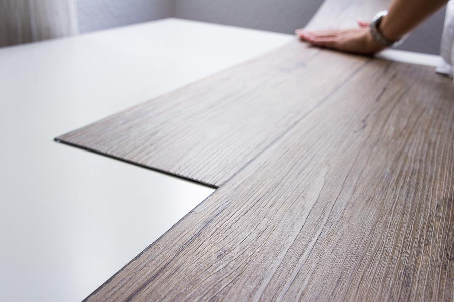 Diy c mo hacer un fondo de madera para tus fotos for Como hacer una mesa de madera para comedor