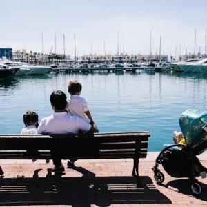 Miniguía para viajar a Alicante en familia + Bugaboo Bee Van Gogh