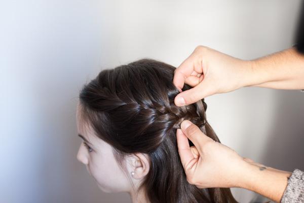 Peinados de trenzas faciles con coleta