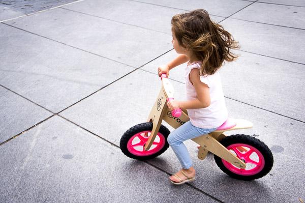 bicicletas para niños de madera sin pedales