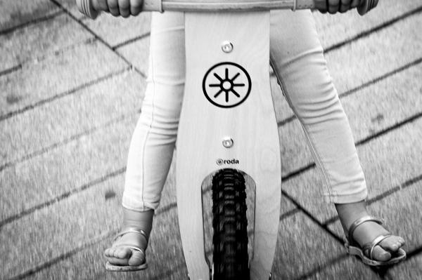 bicicletas de madera sin pedales