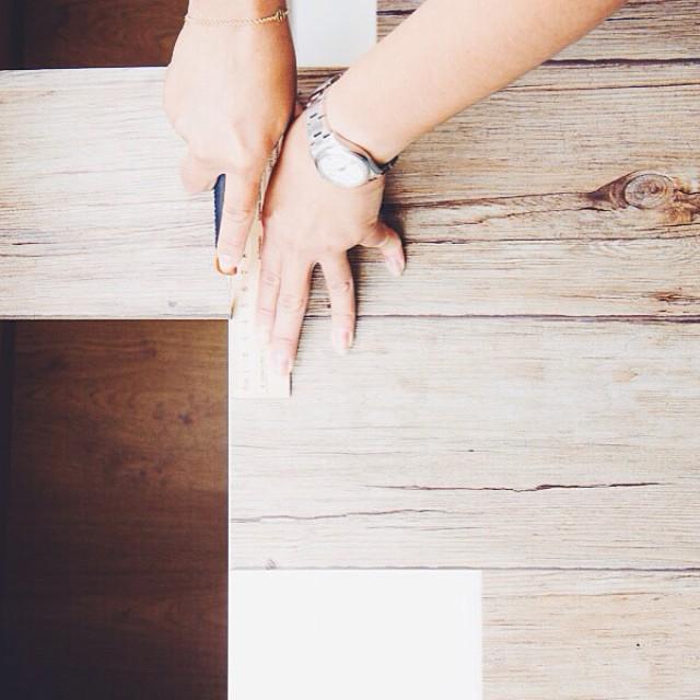 Si siempre habéis querido hacer ciertas fotos en la típica mesa de madera rústica envejecida el post de hoy os va a gustar 👉http://sonambulistas.com👈 #diy