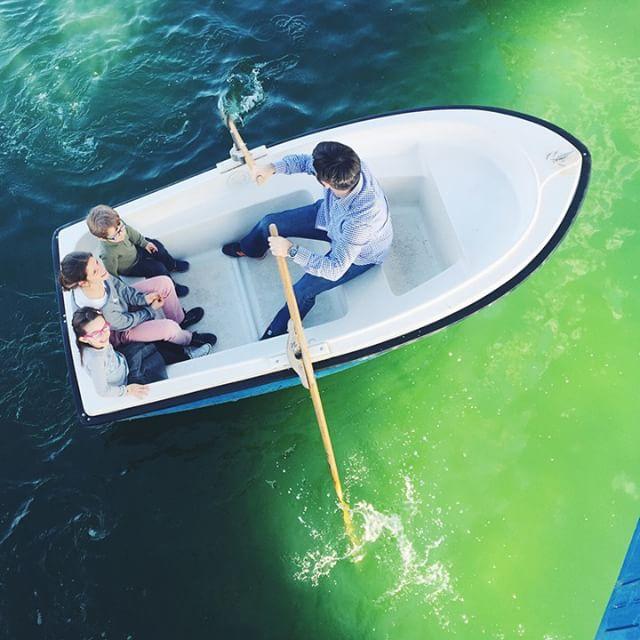 Hoy ha sido un día 👌 espero q hayáis tenido un buen finde!! PD: gracias @jessicadaveyphoto por la recomendación  #parqueeuropa #rowrowrowyourboat